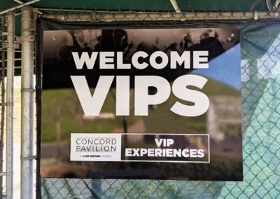 Outdoor Wayfinding Signs Welcome VIPs