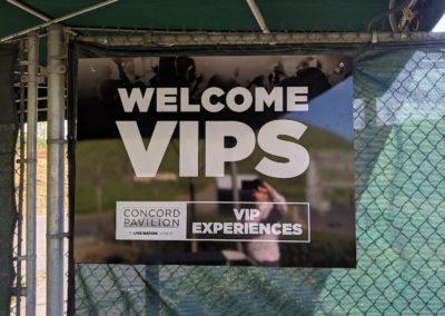 Outdoor Wayfinding Signs Welcome VIPs